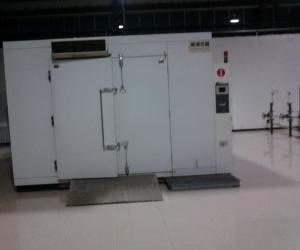27m³步入式高低温试验箱