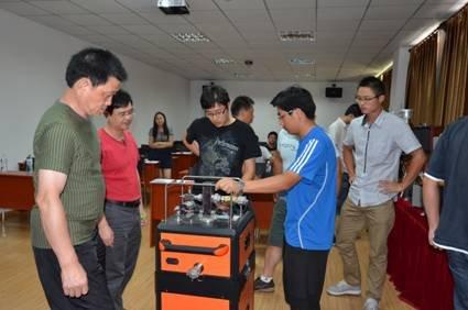 7月19日在青岛仰口展开为期两天的《崂应第八届技术学术教研会》,本