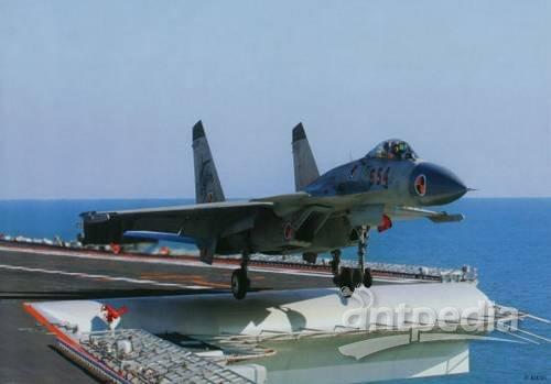歼-15飞机是我国第一代多用途舰载战斗机,它具有作战半径大,机动性