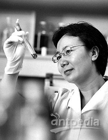 中国科学家的名字_中国科学家陈化兰获世界杰出女科学家奖 因抗击禽流感