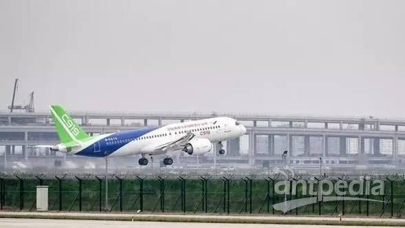 国产大飞机c919首飞,撬动中国制造业大市场!